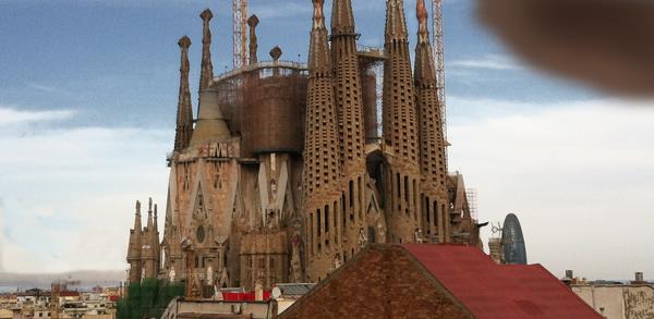 Sagrada-Familia-cropped-600px